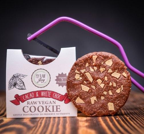Kakaova susenka s bilymi coko-kousky my raw joy.jpg